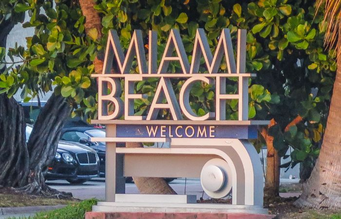 a photo of the Miami Beach Welcome sign