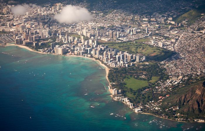 an aerial photo looking over Honolulu, Hawaii