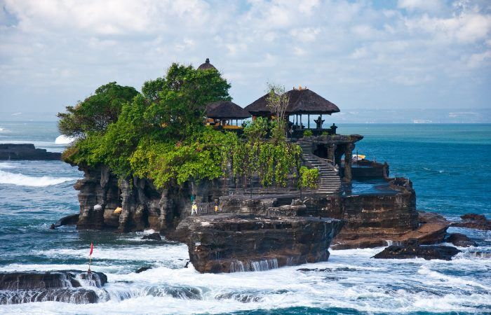 a photo of an ocean temple in Bali, Indonesia