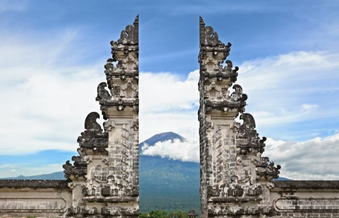 a photo of a temple entrance in Bali, Indonesia