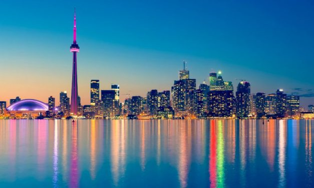 18 Things Toronto is Known For & Famous For